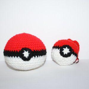 NWoT Crochet pokeball keychain and ball